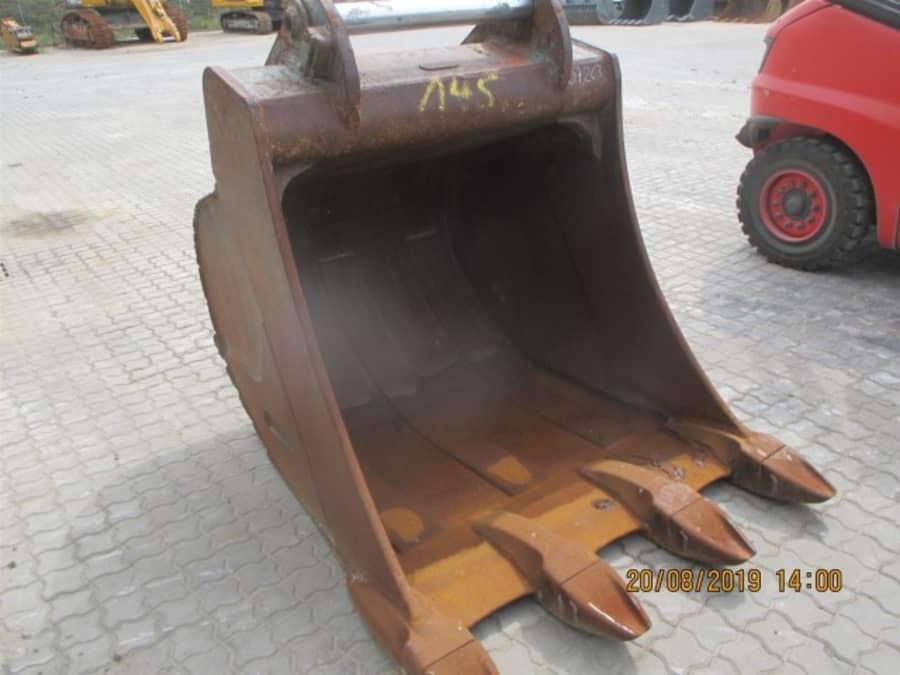 R946 NLC-1149-40880_22.jpg