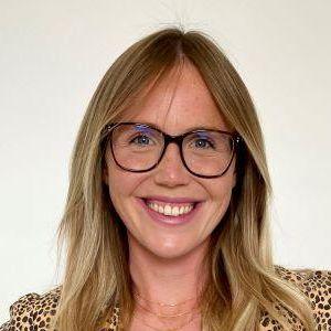 Stephanie Romiszewski