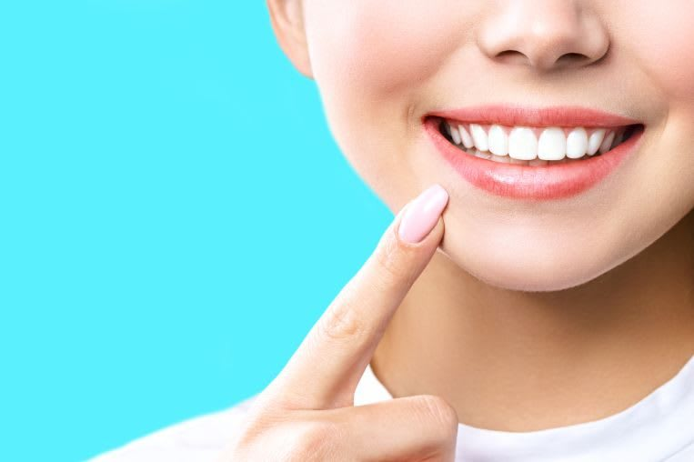 Dentist teeth whitening