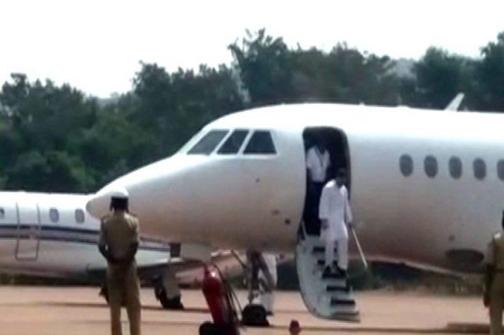 पटना जा रहे थे राहुल गांधी, विमान में आई तकनीकी खराबी, लौटे दिल्ली