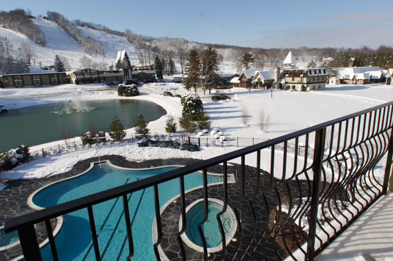boyne mountain discount lift tickets passes from. Black Bedroom Furniture Sets. Home Design Ideas