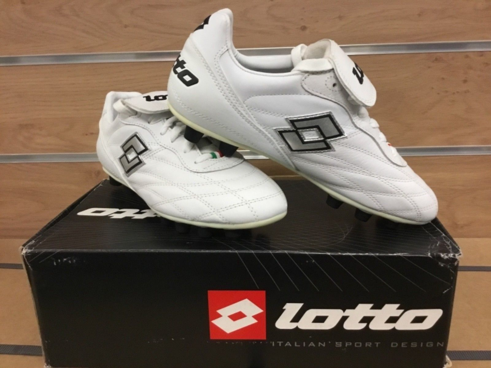 Lotto-Soccer-Cleats-11032