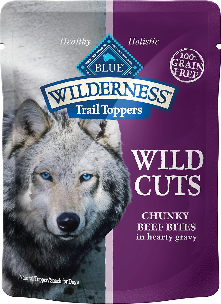 Blue Buffalo Wilderness Trail Toppers Wild Cuts Chunky Beef Bites in Hearty Gravy Grain-Free Dog Food Topper 3z, 24