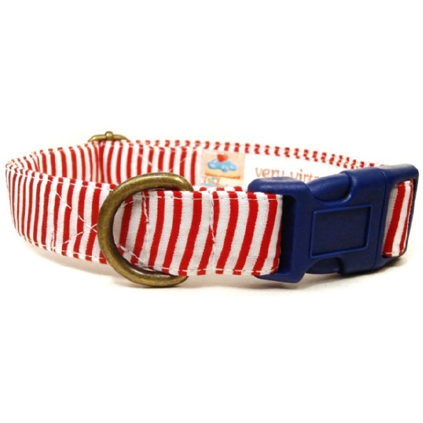 Very Vintage Yacht Club Collar Large