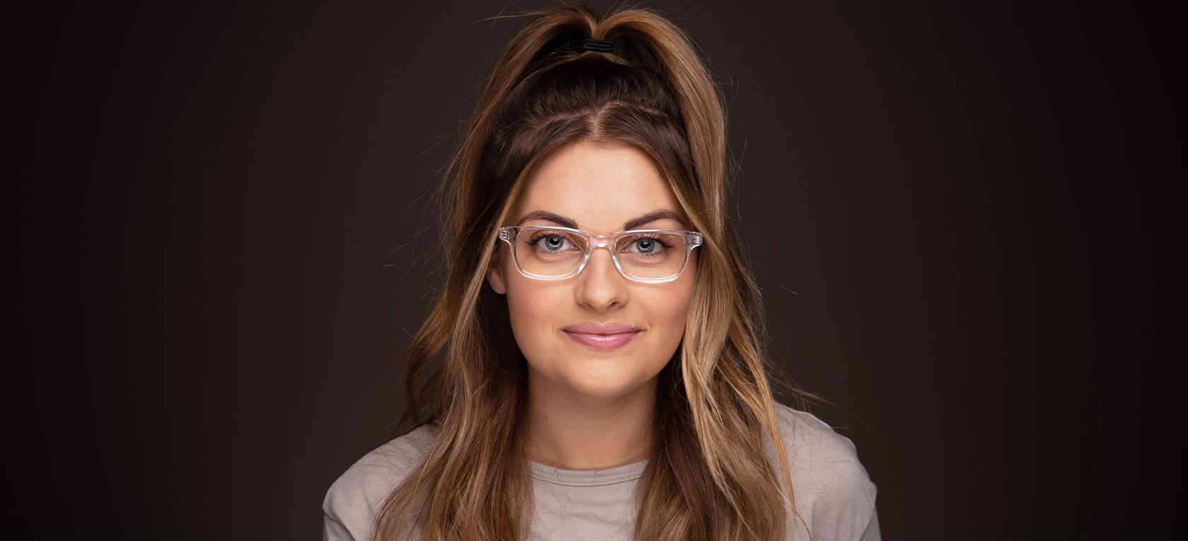 Image of model wearing Maddox frames