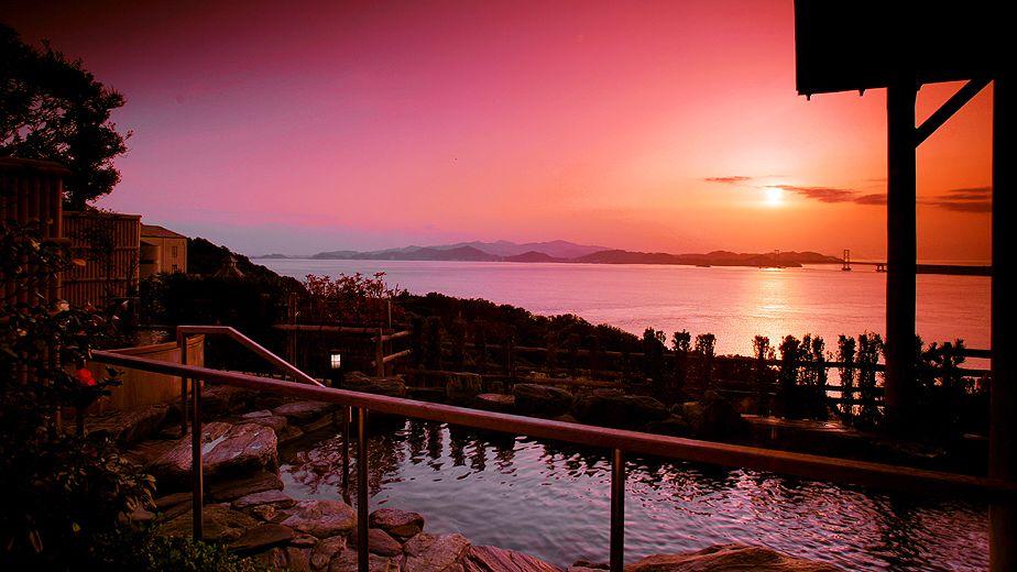 在「山丘上的樂園」飽覽鳴門海峽與大鳴門橋美景:新淡路廣場酒店