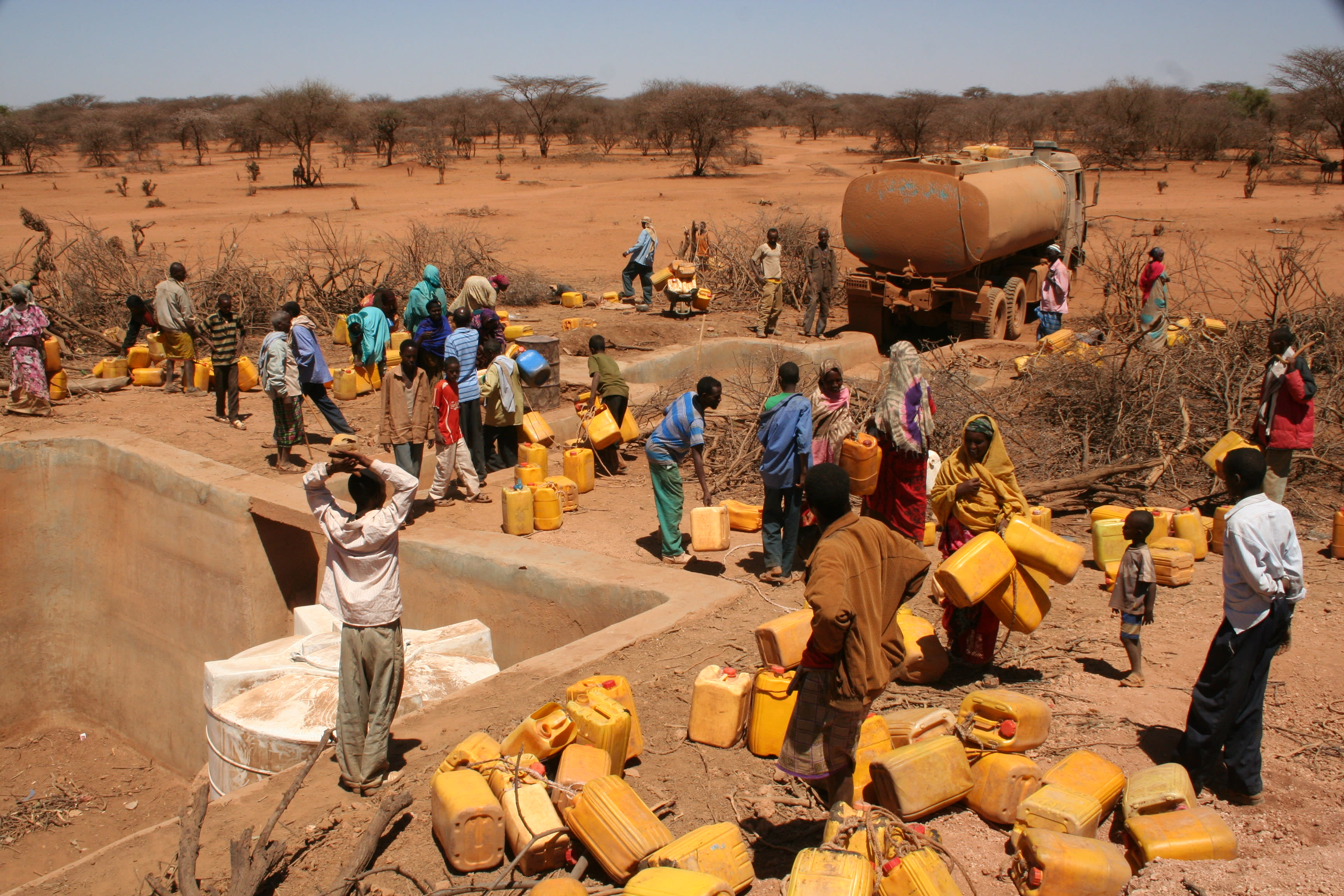Water_distribution_in_Horn_of_Africa_Ethiopia_Drought