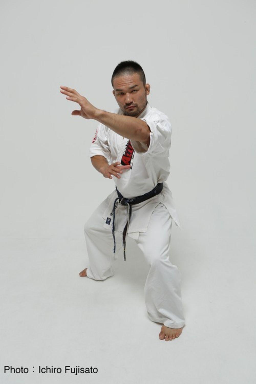 格闘家・菊野克紀が、闘い続ける理由。「僕はヒーローになりたい ...
