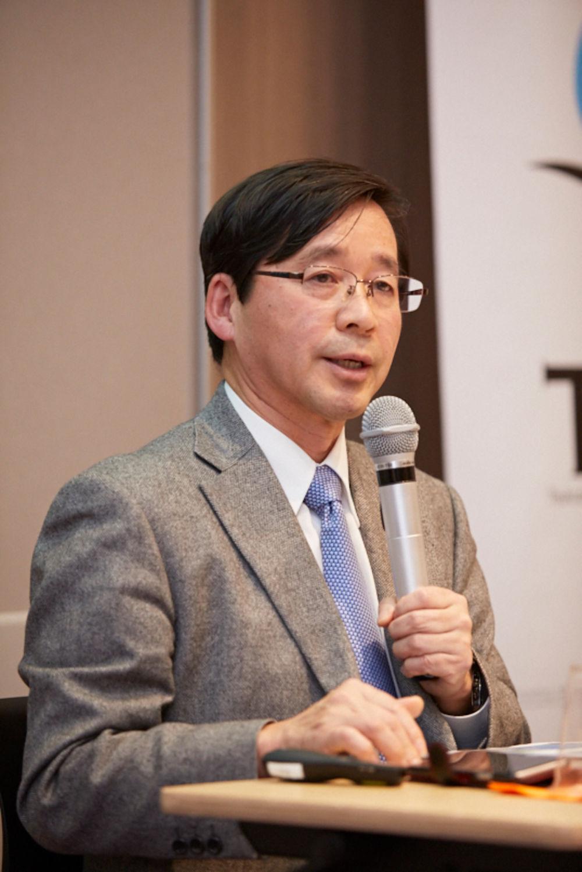 真田久教授
