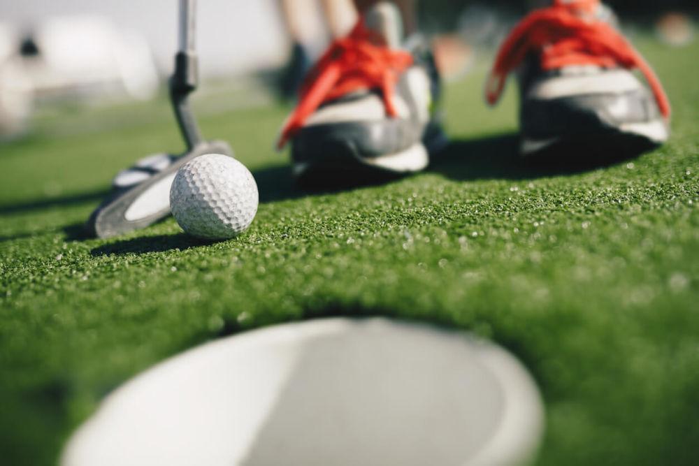タイガー・ウッズも注目。毎年1億人以上がプレーする次世代ゴルフ