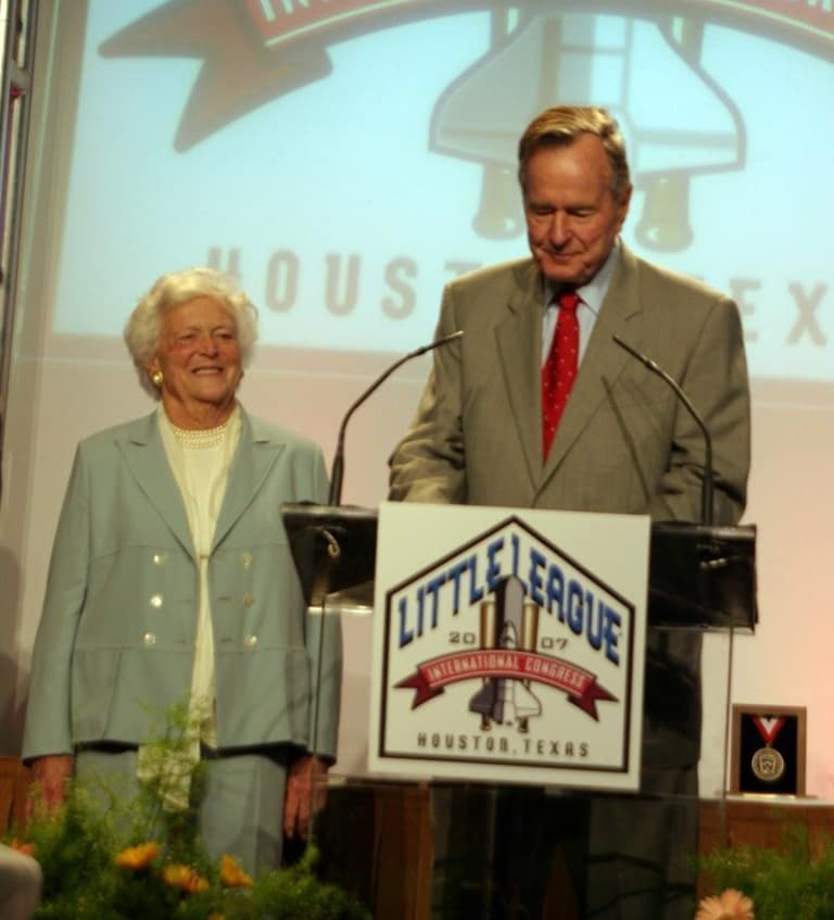 President and Mrs. Bush at the 2007 Little League International Congress.