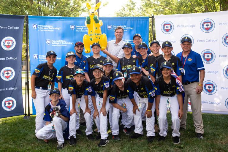 Australia team with Randy Johnson