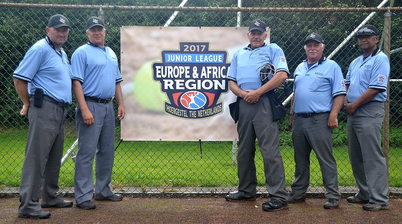 EA Softball umpires