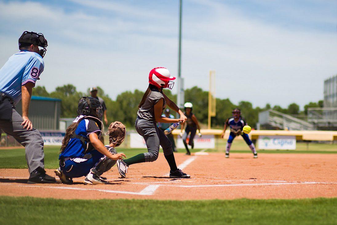 sb-player-hitting-ball