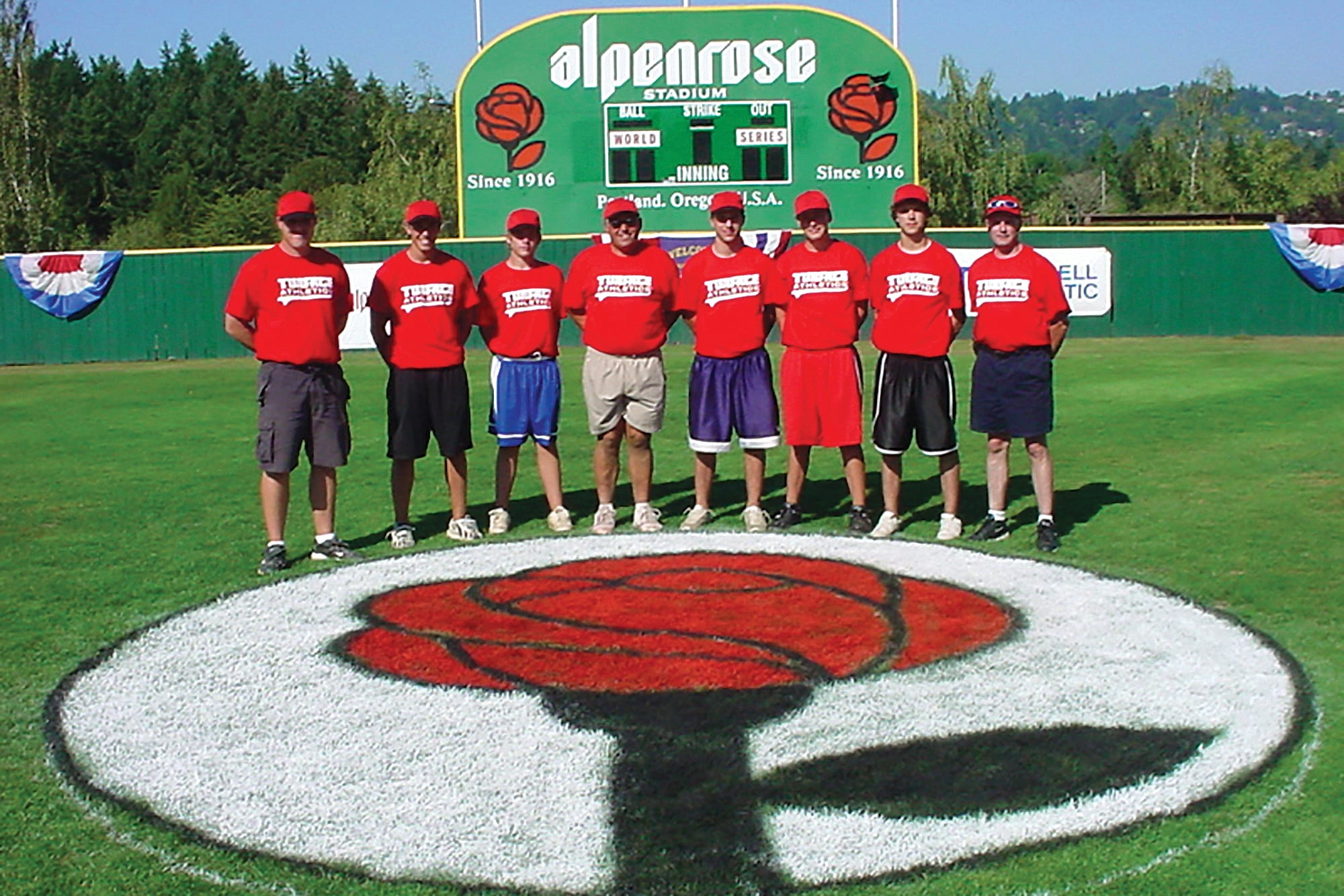 alpenrose-group-shot-on-field