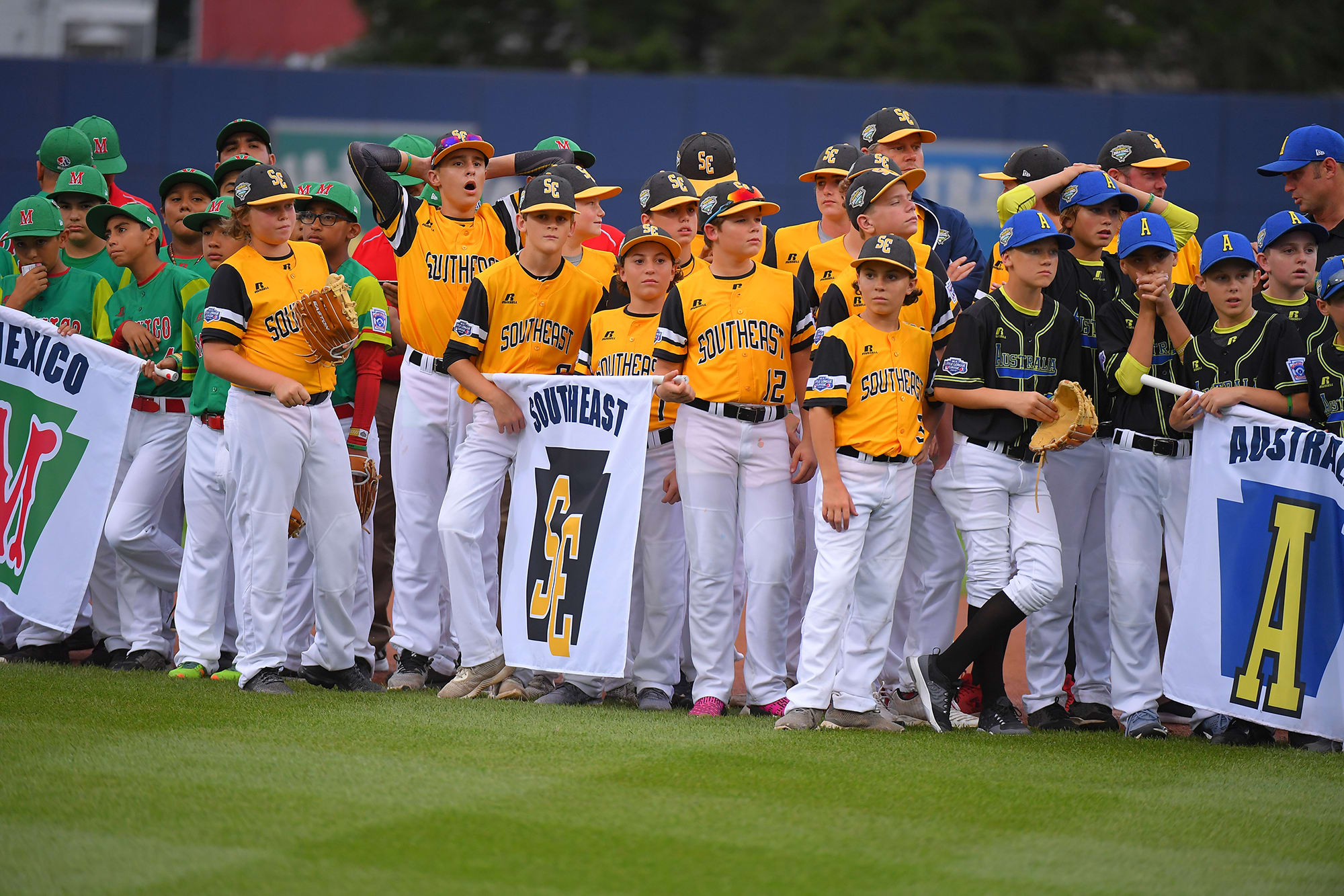 ll players opening ceremonies mlb classic