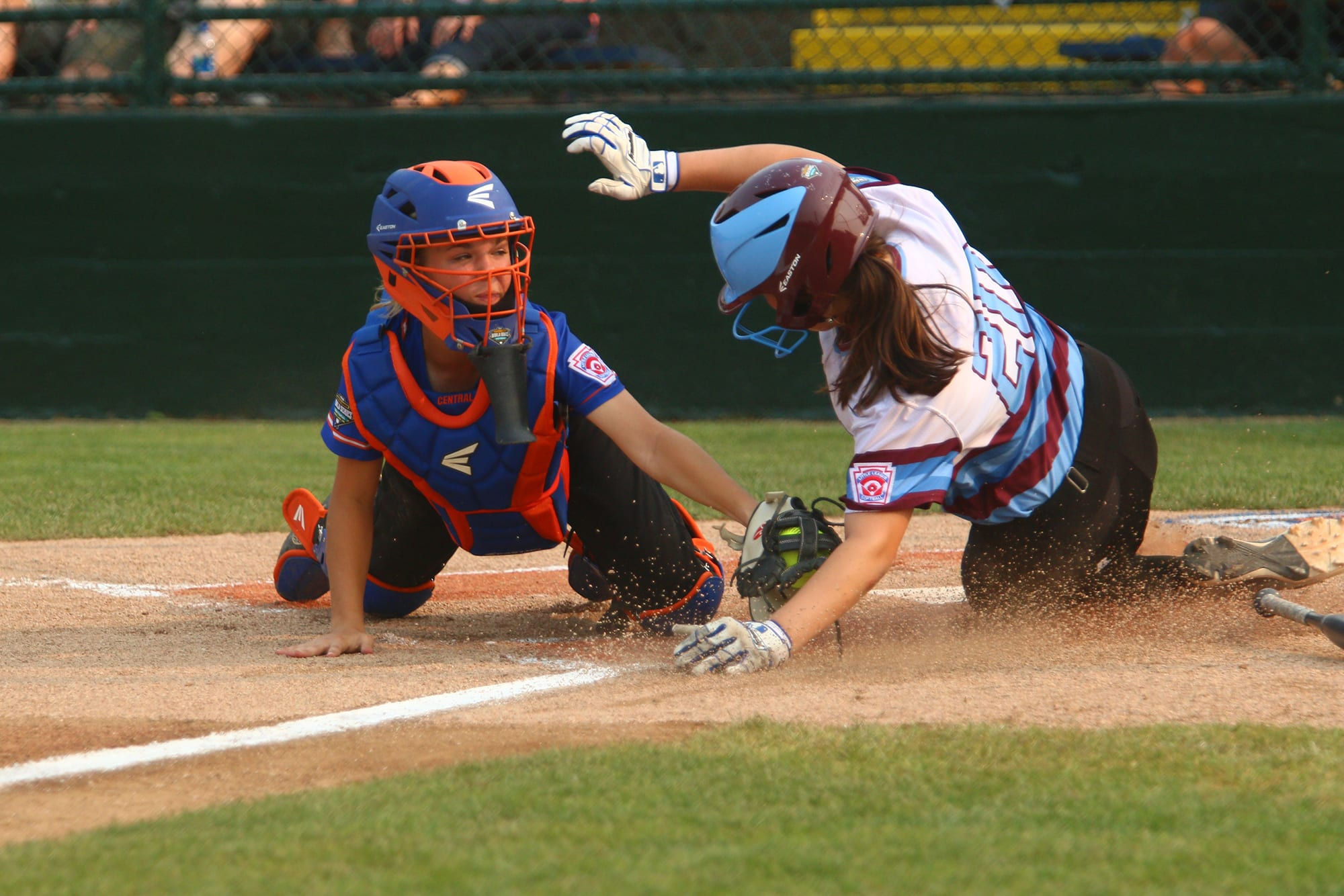 sb catcher tagging runner at home