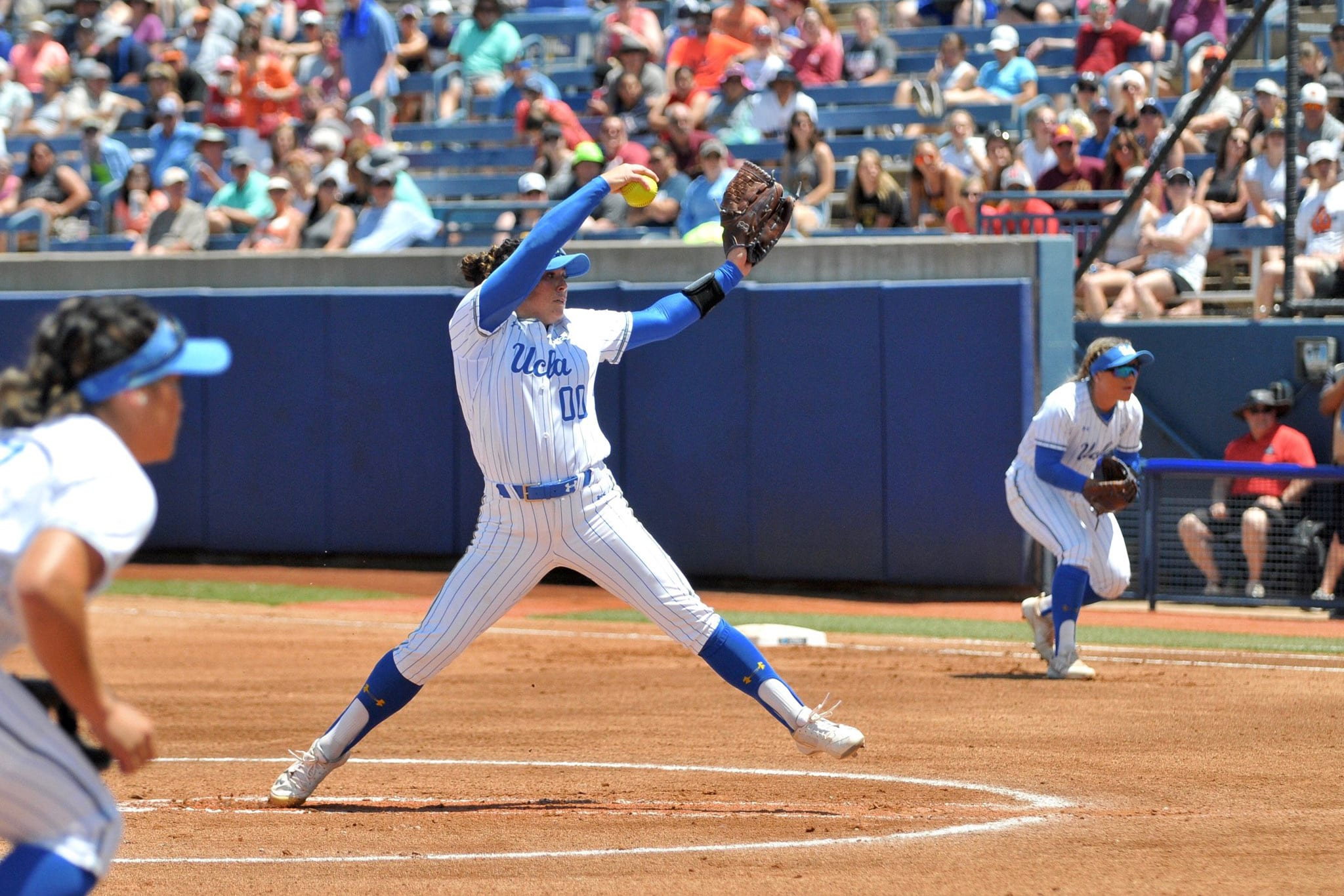 Rachel Garcia pitching UCLA