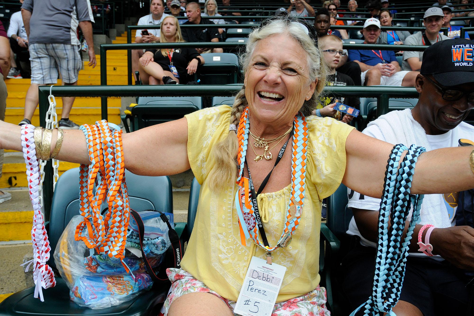 Hawaiian lei maker Debbie Perez