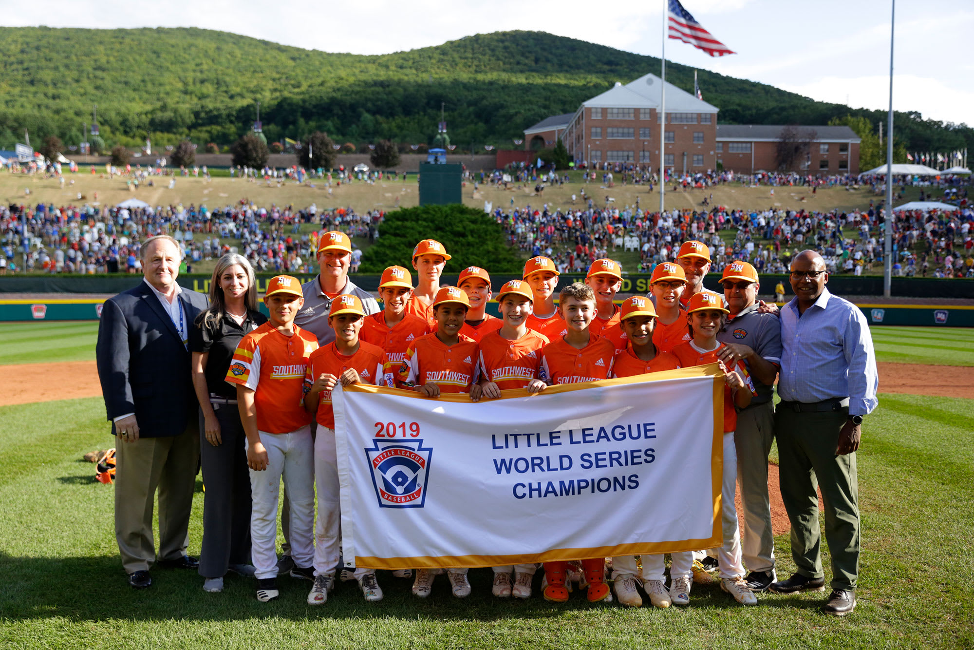 2019 llbws champs southwest banner photo
