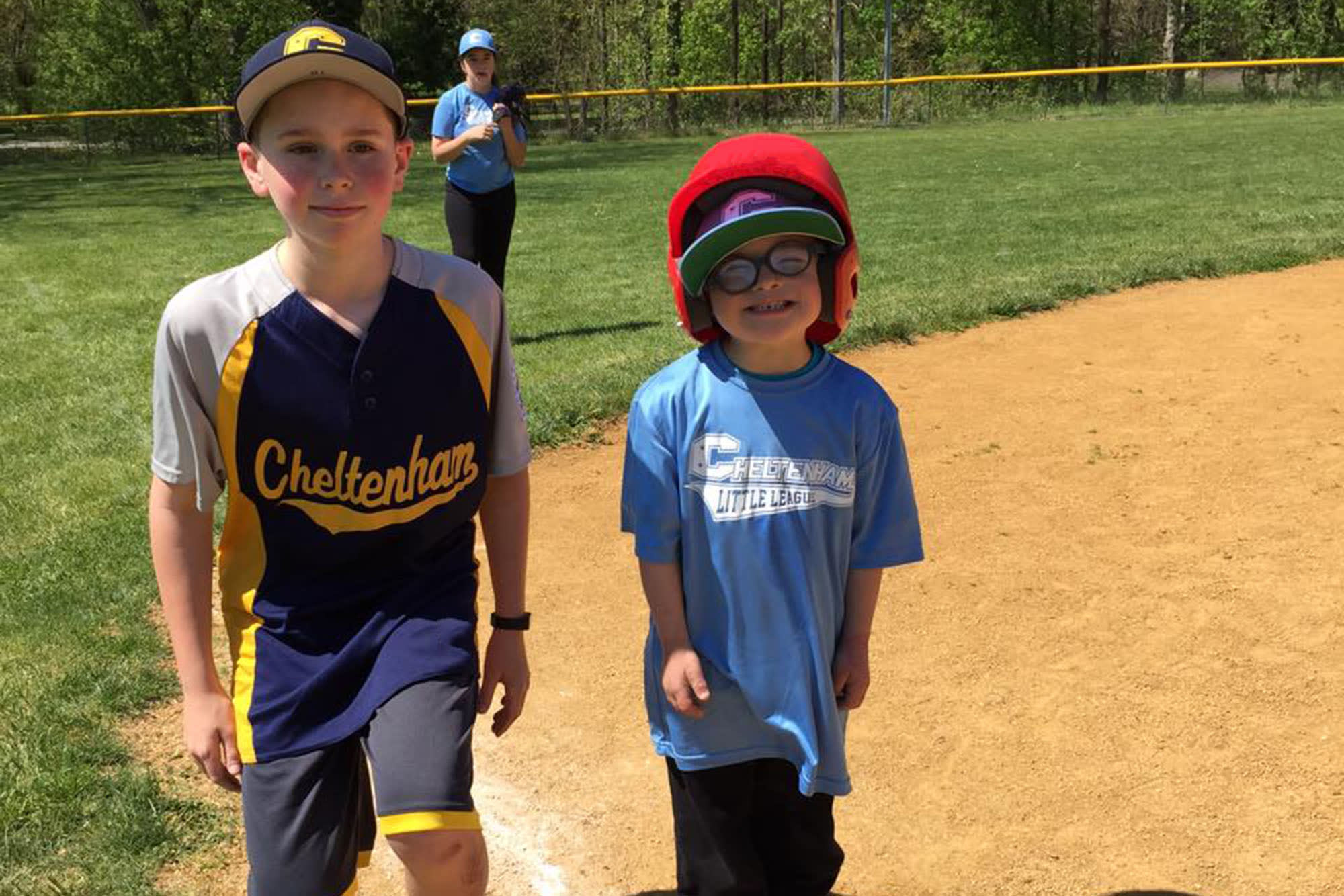 Cheltenham (Pa.) Little League player with buddy