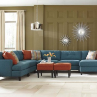 Sofas/Sectionals
