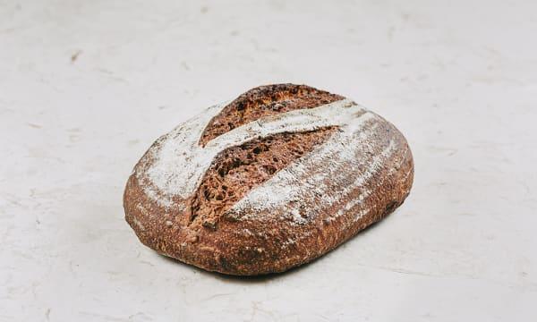 Pão de Espelta e Sementes