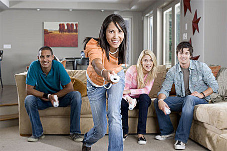 people-playing-wii-32347.jpg