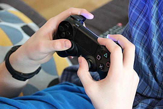 playing-games-c1d7a.jpg