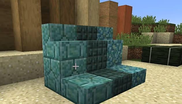 Fans of prismarine blocks will enjoy making stairs with the Minecraft 1.13 update