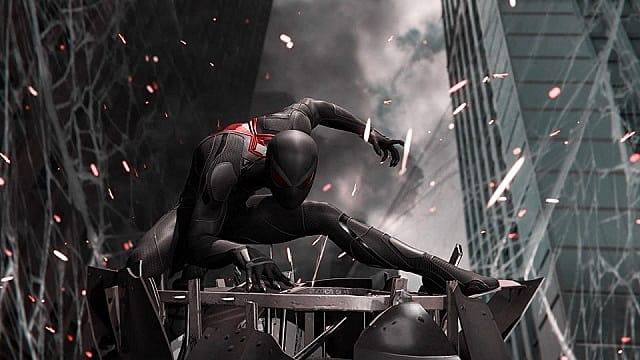 black-suit-spiderman-crouching-9271f.jpg