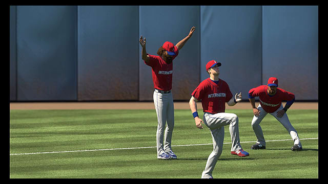 players stretching before the game in MLB The Show 18