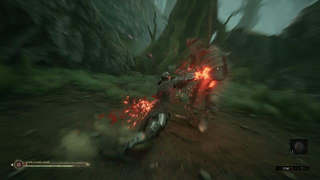 A knight shell using inflamed riposte with a longsword while lunging on a large armored enemy in a swampy grove.