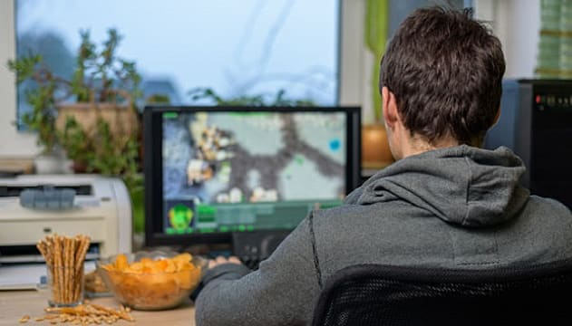 7 Healthy Snacks for Gamers — And an Entire Category to Avoid