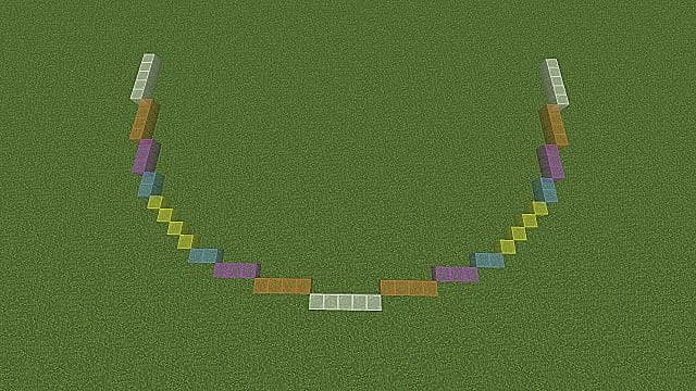 An example of building a Minecraft circle from one side to the other.