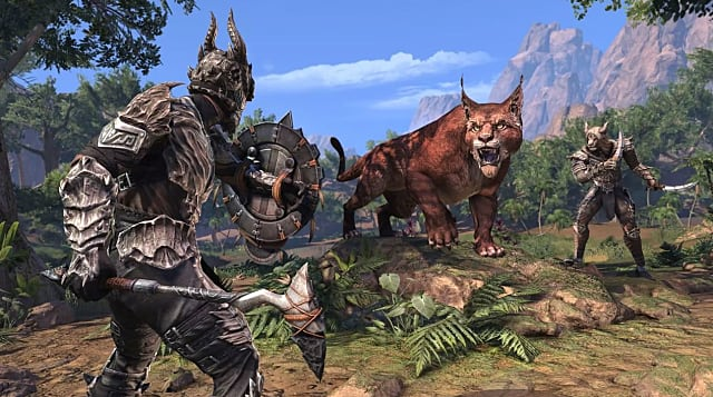 Armored warrior fighting a giant cat in Elsweyr