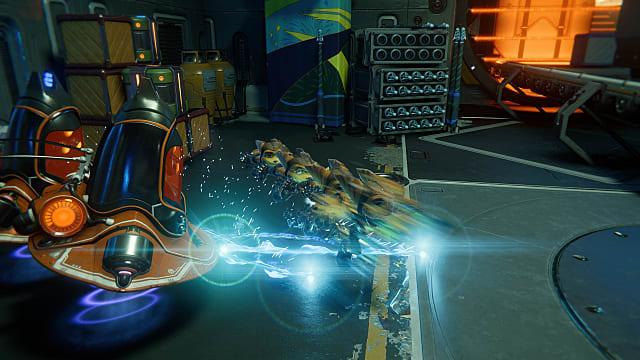 Ratchet using phantom dash to escape an enemy.