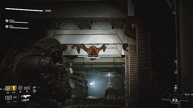 A Colonial Marine aiming a pulse rifle at a red Prowler alien on the ceiling in a dark corridor.
