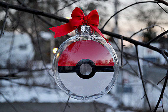 Pokemon Christmas Ornaments.Diy Pokeball Christmas Ornaments Pokemon Go