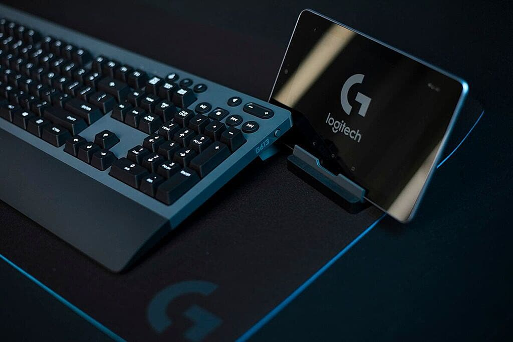 Logitech G613 Wireless Keyboard: Office-Ready Ergonomics