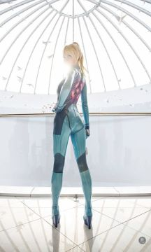 gorgeous zero suit samus cosplay done by vlada lutsak