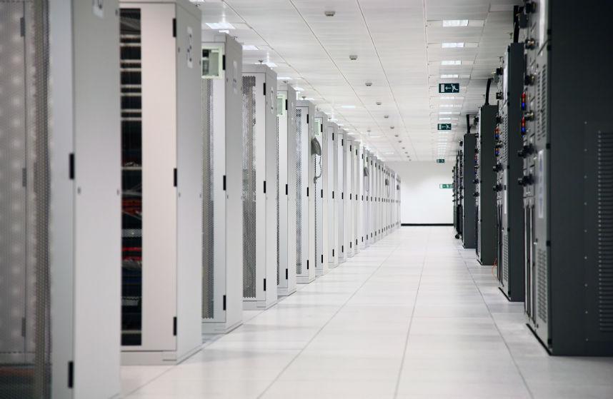 Dedicated Servers vs Peer-to-Peer Connections | Arma 3 | PAYDAY 2