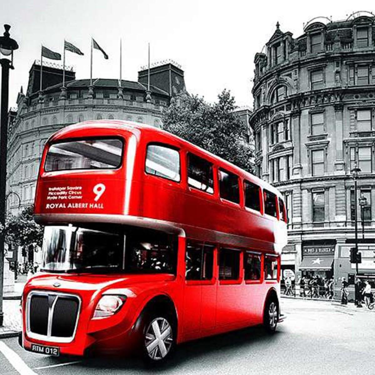 Фотообои Divino Decor Красный автобус C-389 300х238 см