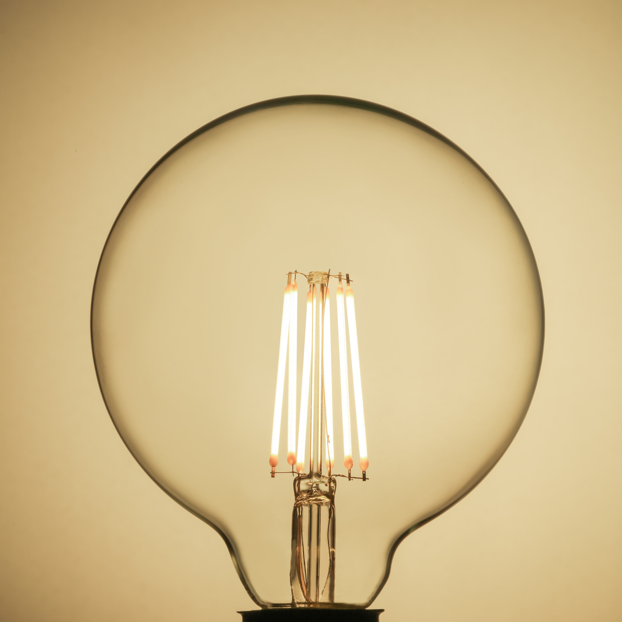 Лампа светодиодная Lexman E27 12 Вт 1521 Лм 4000K