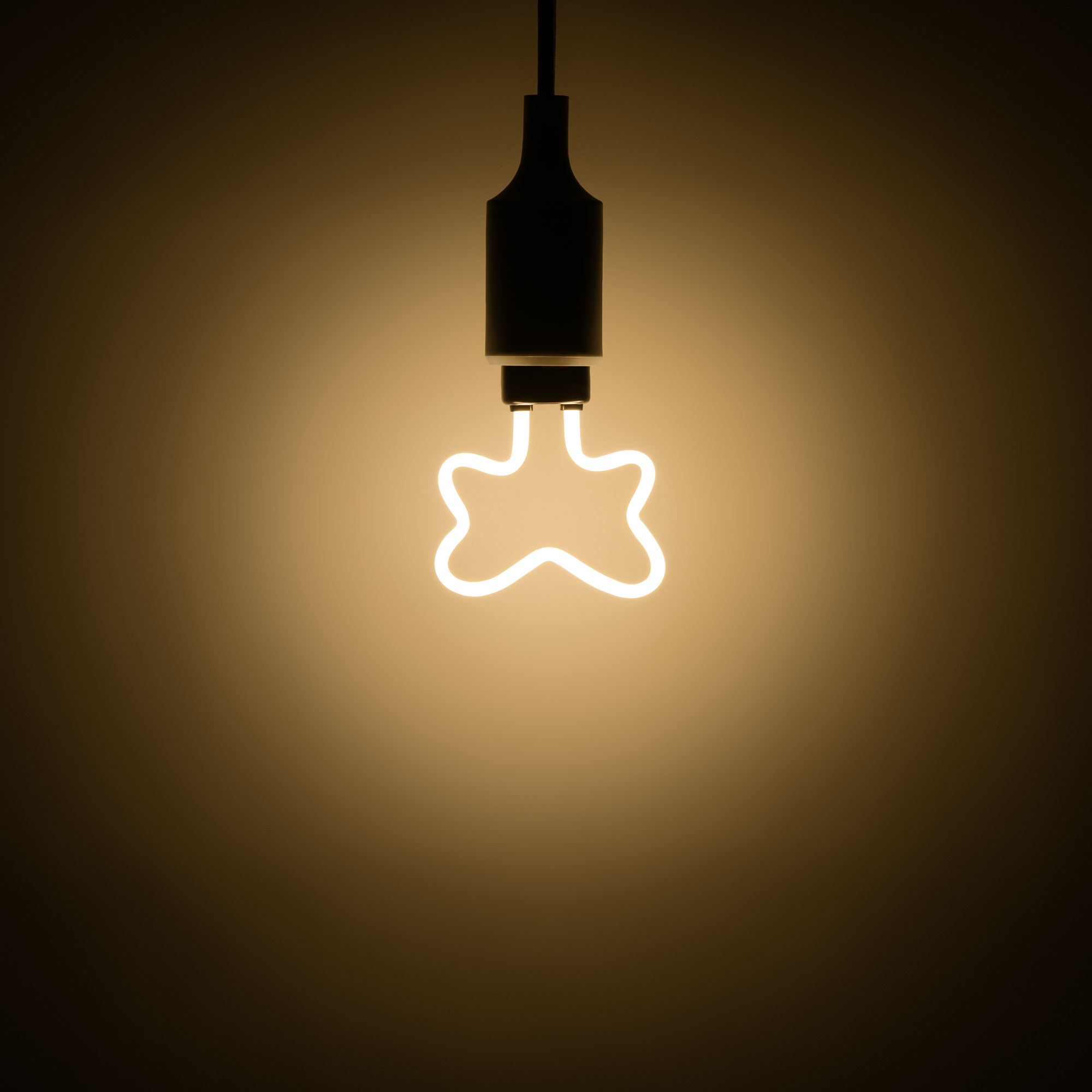 Лампа светодиодная Gauss Butterfly E27 230 В 4 Вт декоративная 390 лм тёплый белый свет