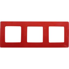 Рамка для розеток и выключателей Legrand Etika 3 поста, цвет красный
