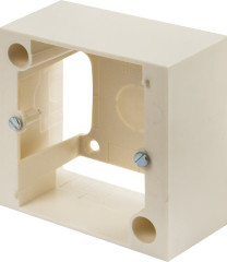 Коробка накладная Legrand 80х80 мм 32 А белая