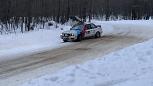 car racing the sno*drift rally