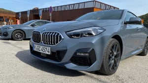 BMW 2 front with signature BMW grille