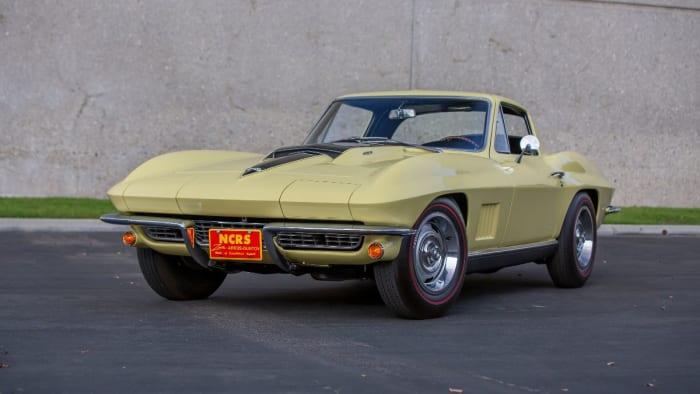 Mecum Glendale 2021 1967 chevy corvette l88